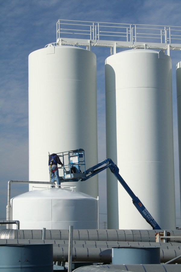 Oil Refinery Tank Painter